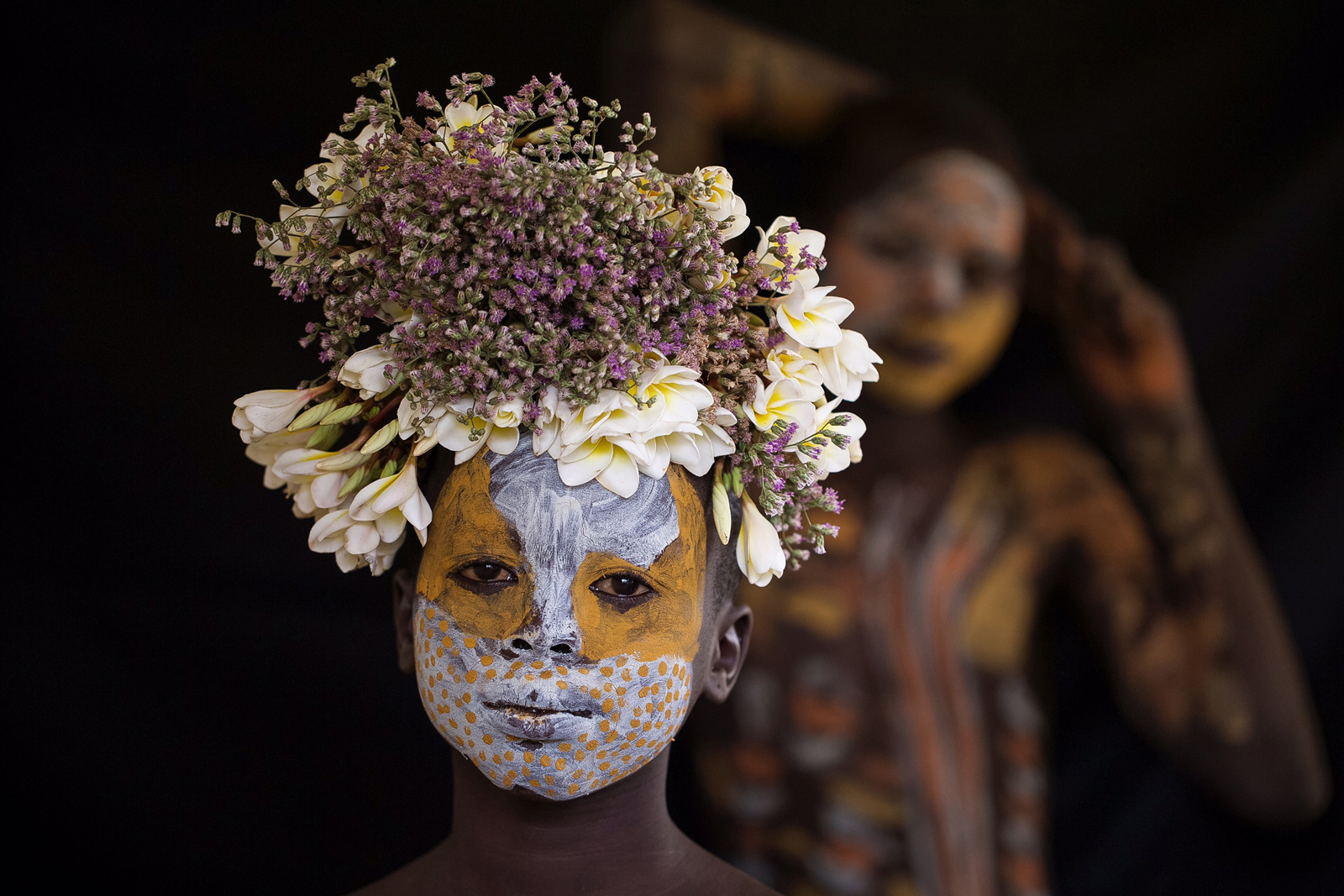 As beautiful as a bumble bee in Omo Valley, Ethiopia ©Robin Yong