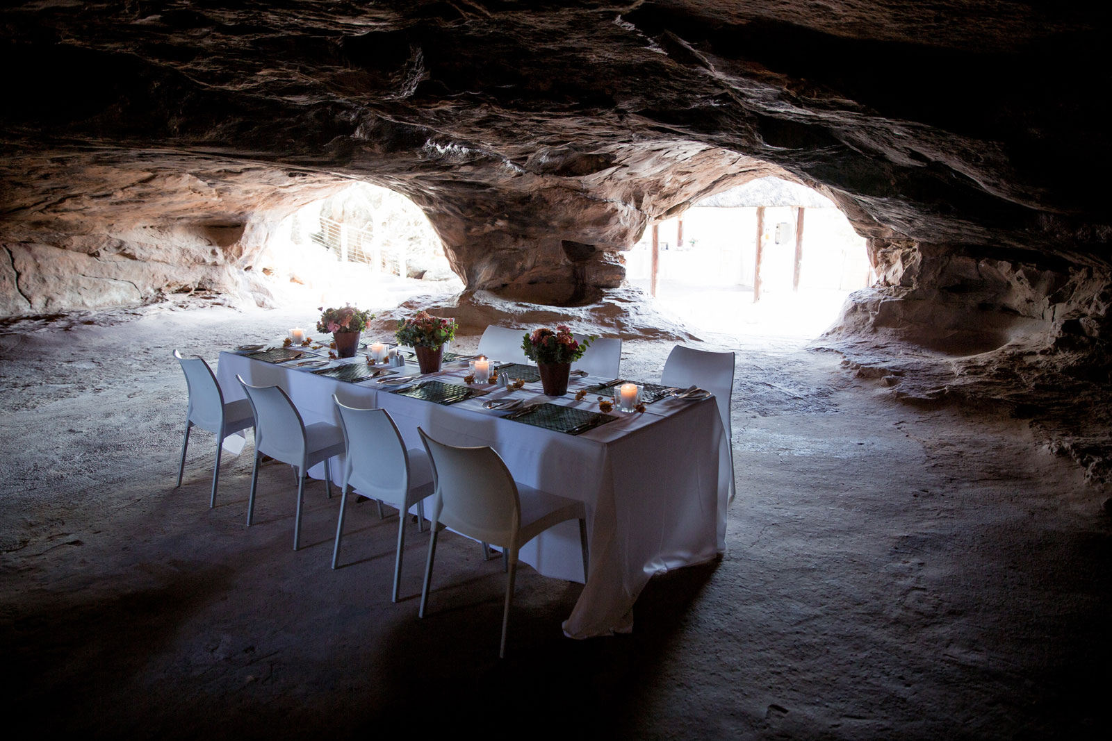"Cave dining at <a href=http://www.monatelodge.com/accommodation/main-lodge/ target=""_blank"">Monate Lodge</a> ©<a href=http://hendriksteytler.co.za target=""_blank"">Hendrik Steytler Photography</a>"