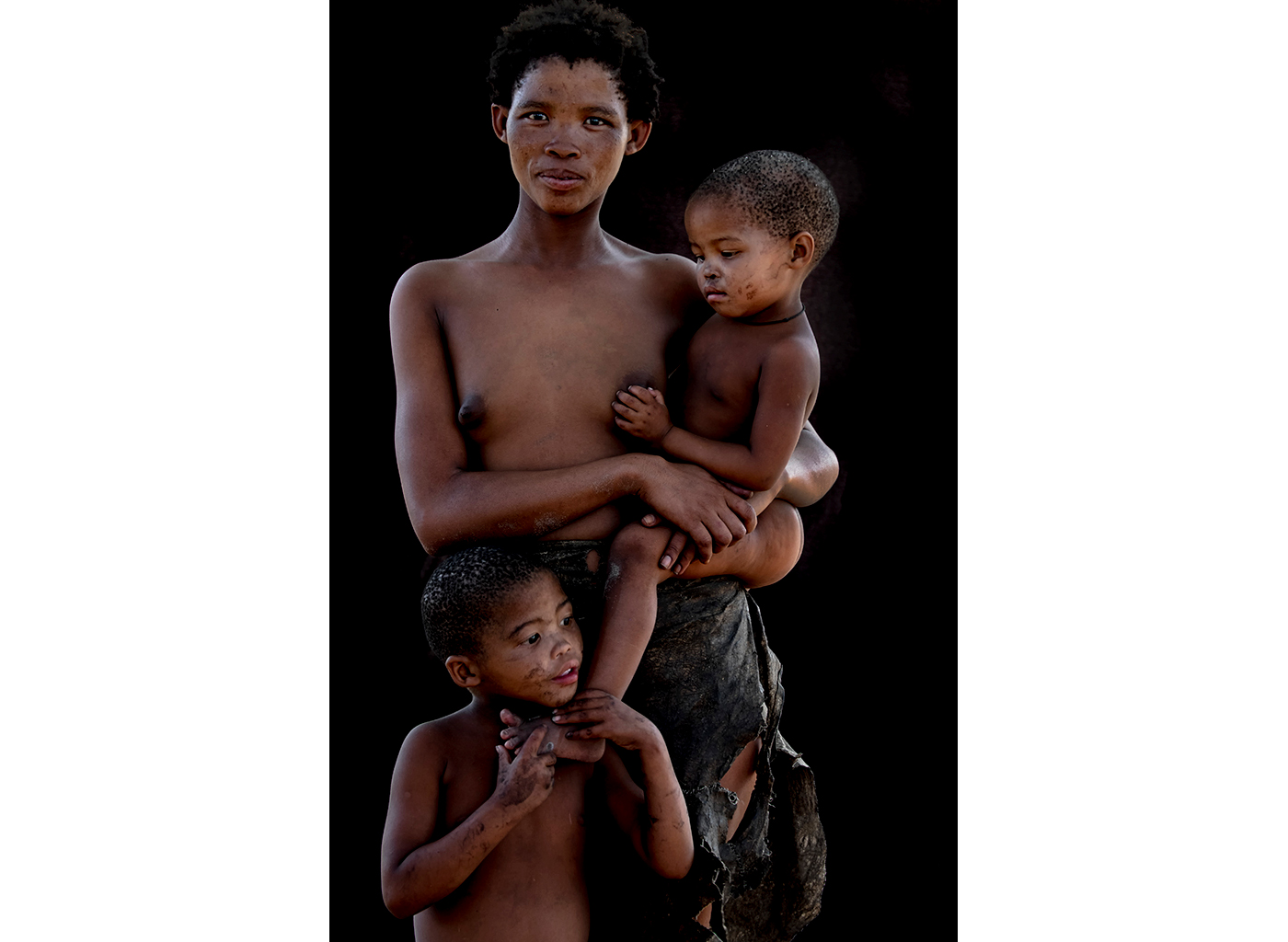 Mother and children in Grootfontein, Namibia ©Susan Greeff