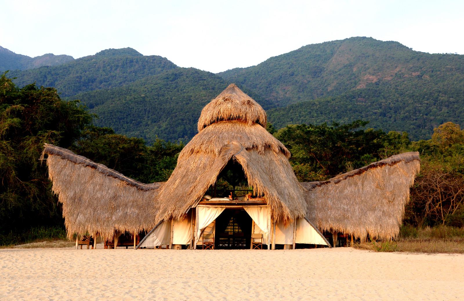 Greystoke-Mahale-mess-2---Nomad-Tanzania