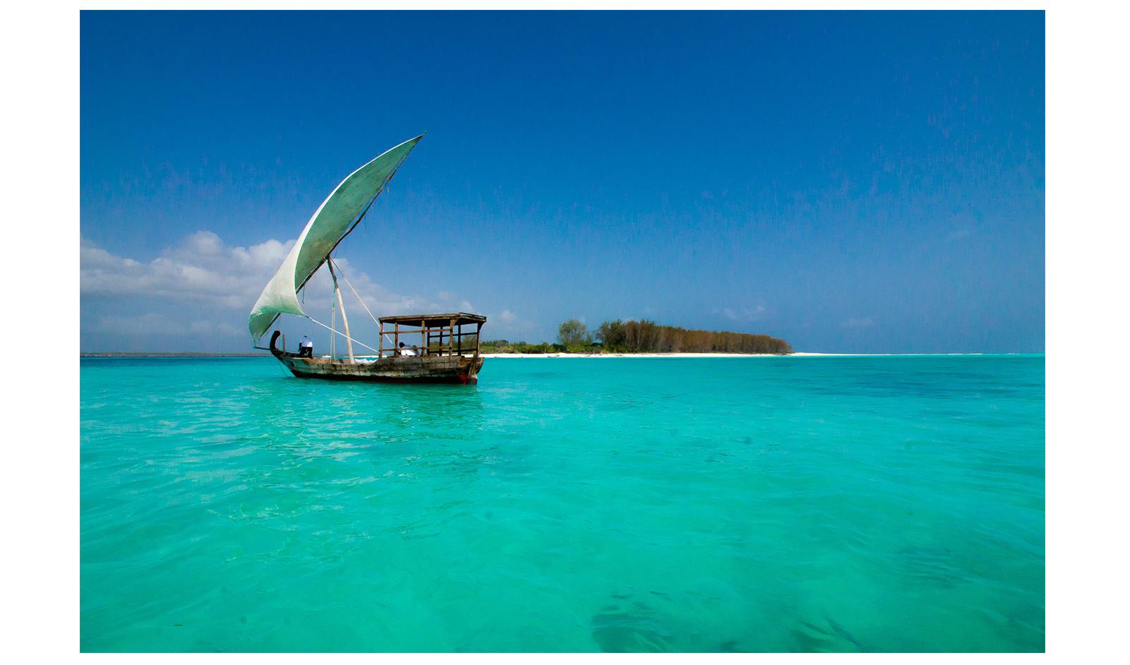 Kerry-de-Bruyn--Mnemba-island,-Zanzibar