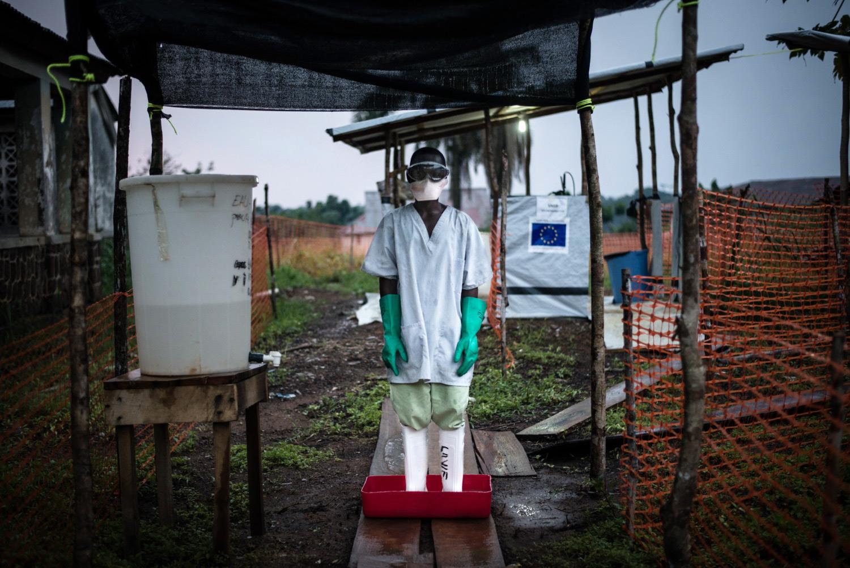 Ebola-chlorine-dip