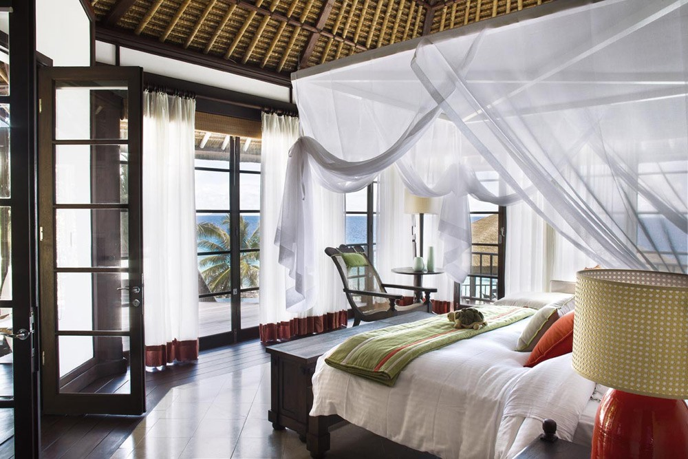 private_pool_residence_bedroom_1200x800