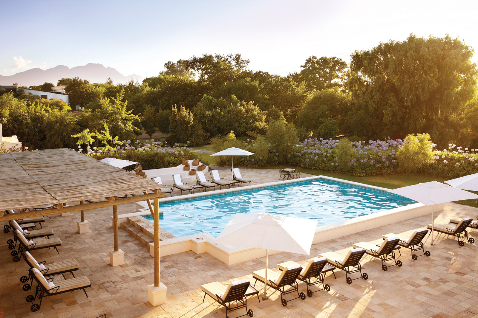 swimming-pool-spier
