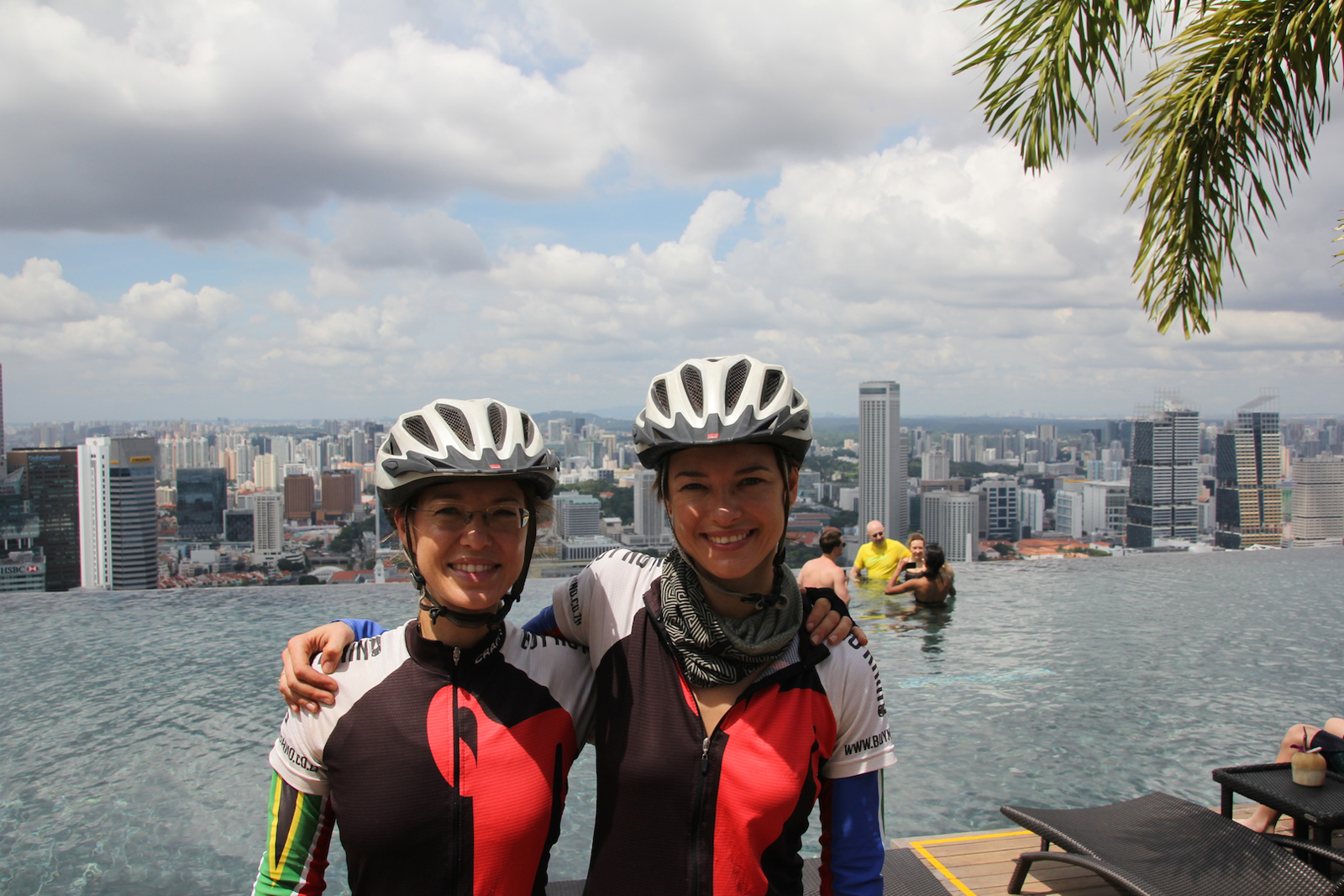 cycling-sisters-marina-bay-sands-buy-no-rhino