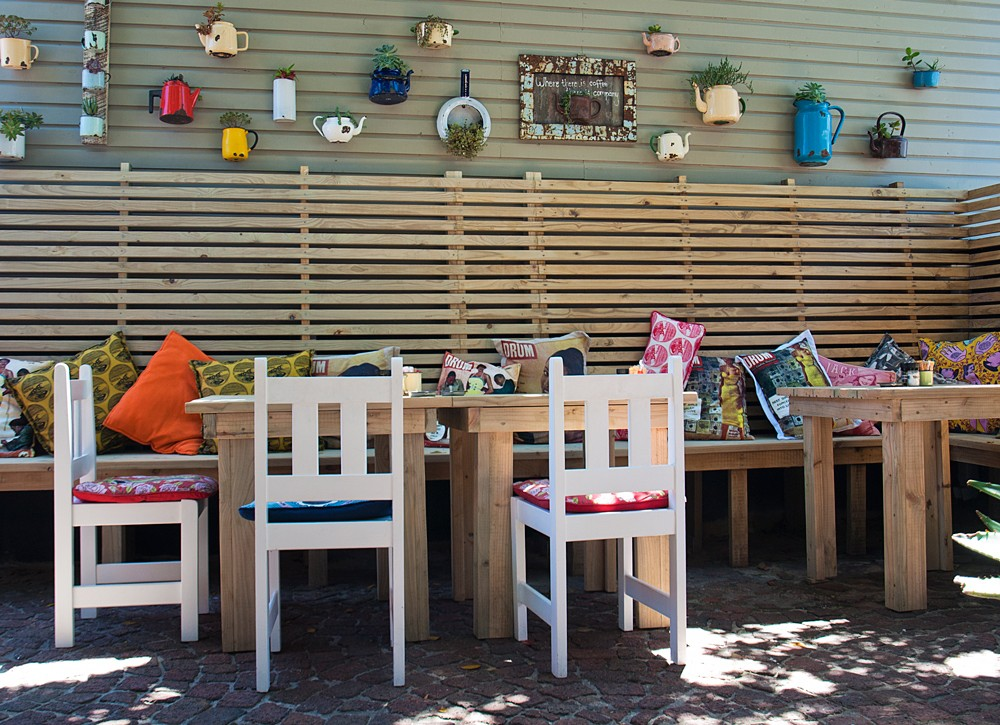 quirky-east-head-cafe
