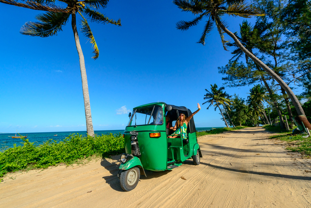 Explore the area on a tuk-tuk ©Bahia Mar