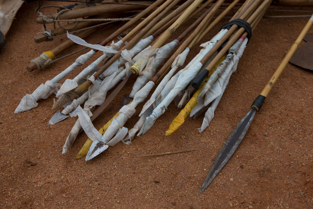 arrows-confiscated-by-anti-poaching-teams-saving-habitats-copyright-joachim-schmeisser-and-the-david-sheldrick-wildlife-trust