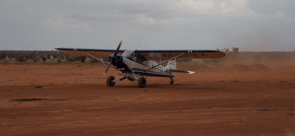 airplane-tsavo-kenya