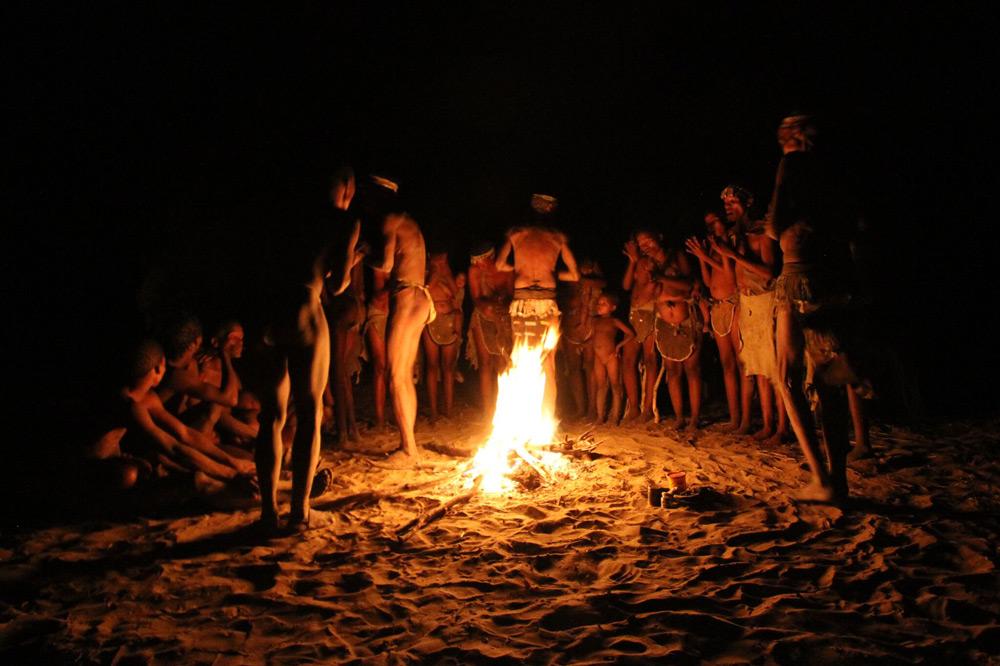 san-bushmen-dancing-around-fire