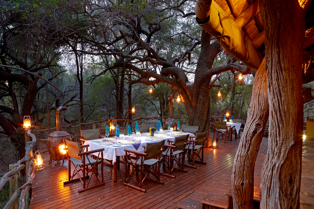 Dinner outdoors in the bush