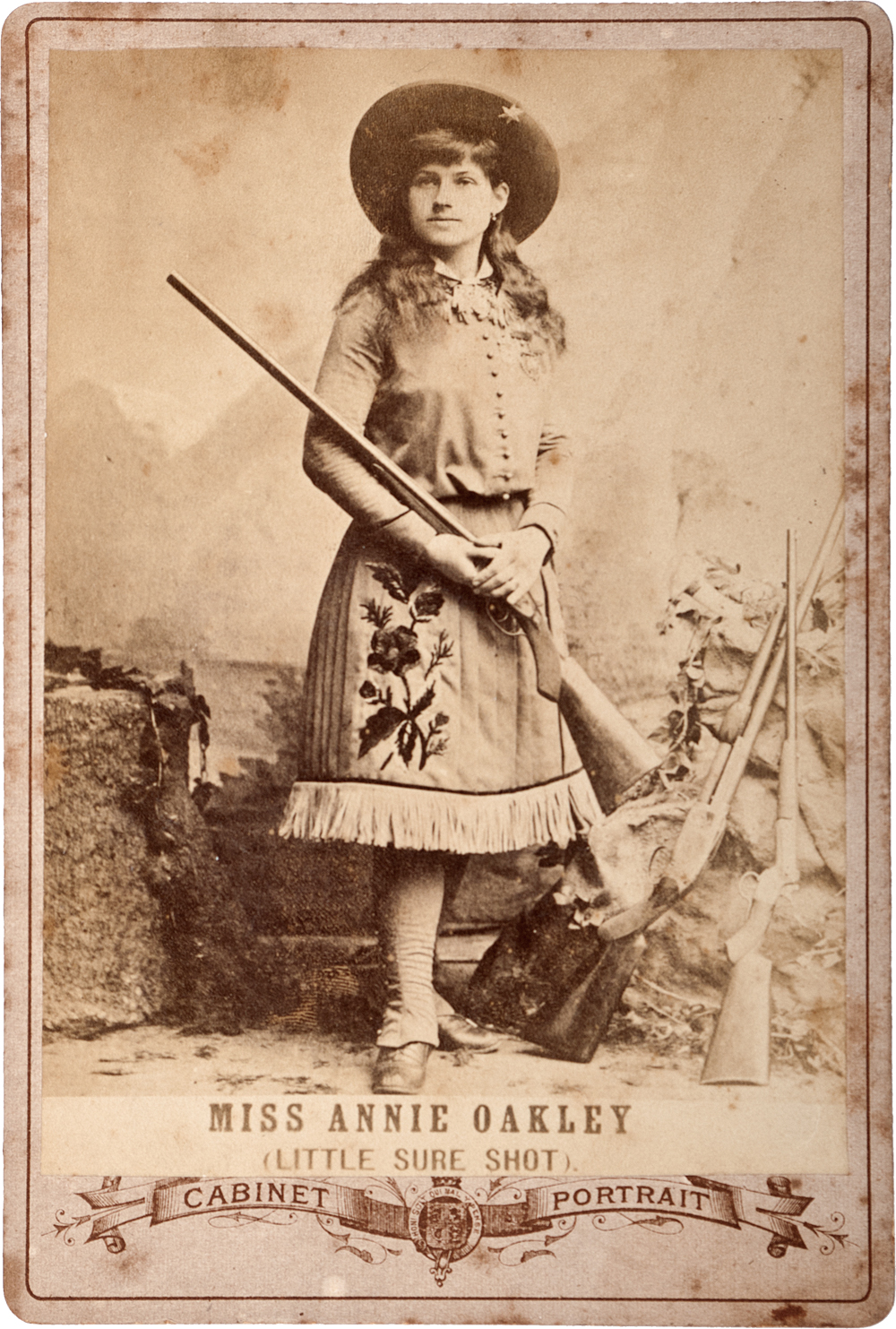 http___commons.wikimedia.org_wiki_File_Annie_Oakley_with_shotgun.png copy