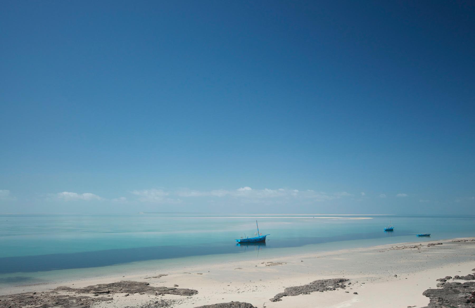 Africna-adventure-jeff-tyser-kerryn-lee-maggs-Vilanculo_Beach