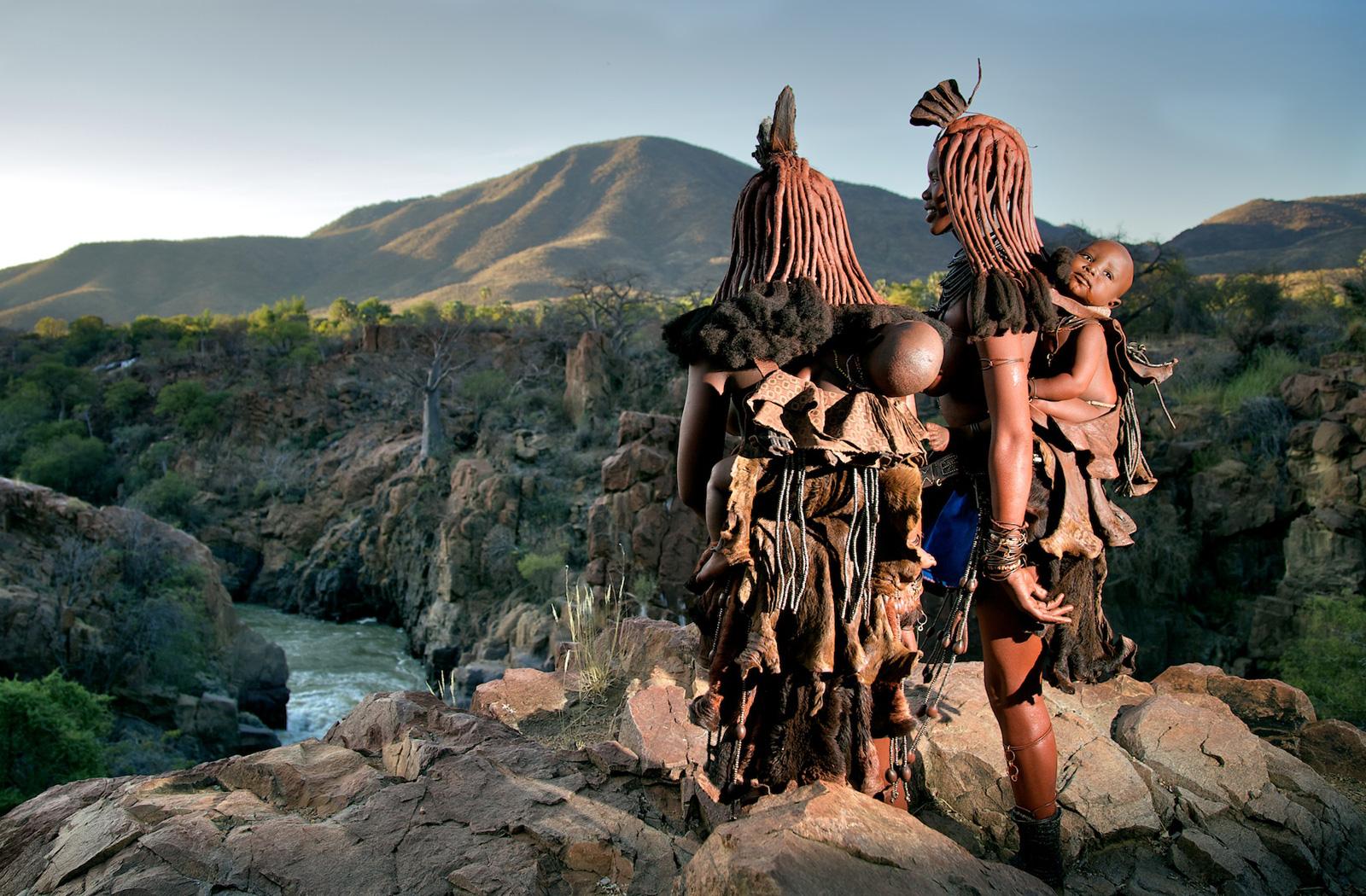 Himba-women-namibia-alegra-ally-3
