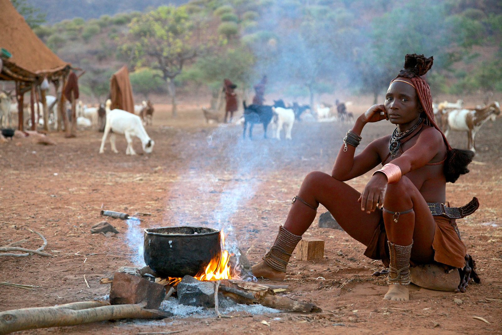 himba-woman-namibia-fire