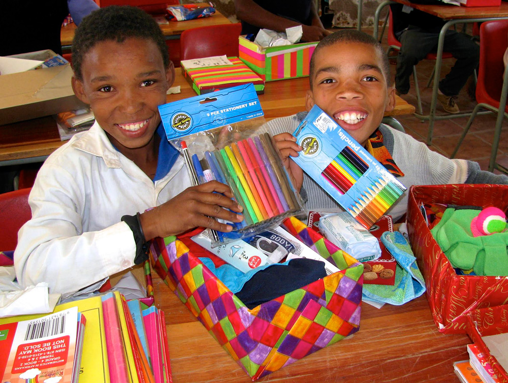 8 Christmas Gifts For Africa