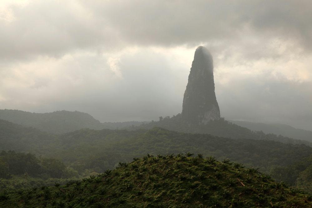 sao-tomehiking-landscape-jeremy-jowell