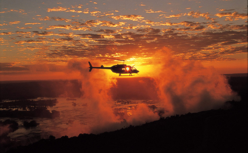 helicopter vic falls