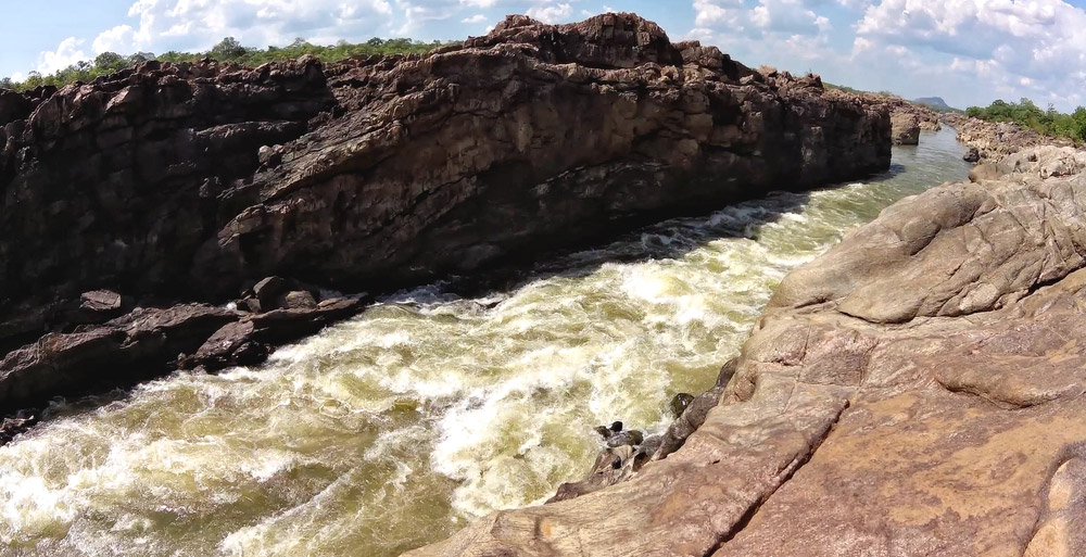 Sunda-rapids-channel