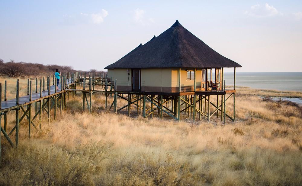Onkoshi Camp overlooks the pan ©Anja Denker