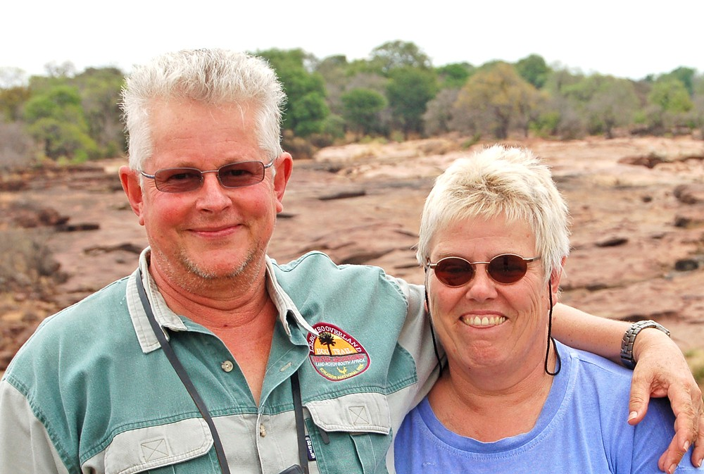 sally-and-bob-redrocks-near-shingwedzi-ann-ansell