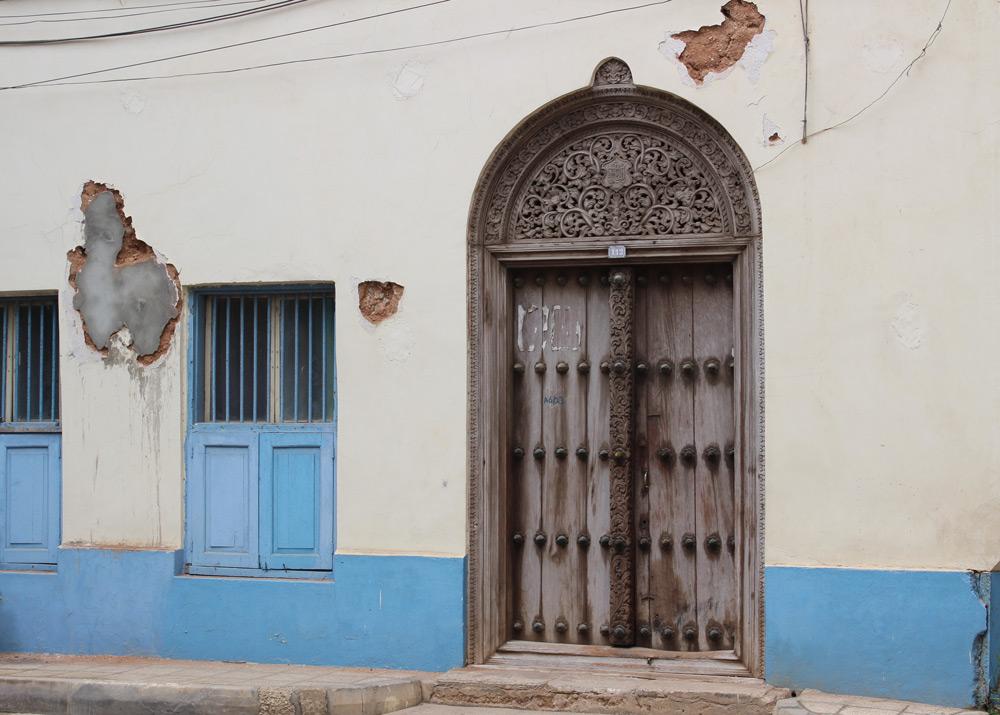 stone-town-double-door