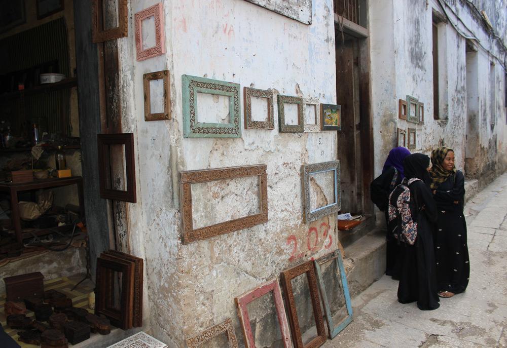stone-town-photo-frames