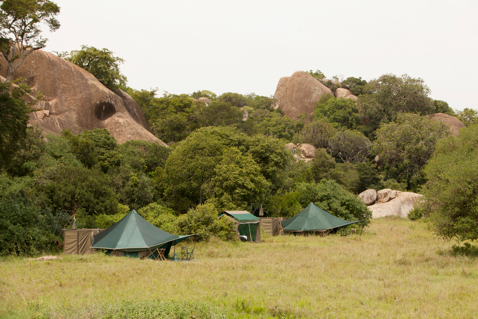 Wayo camp sites are off the beaten track and often secreted away in rocky areas or under riverine trees