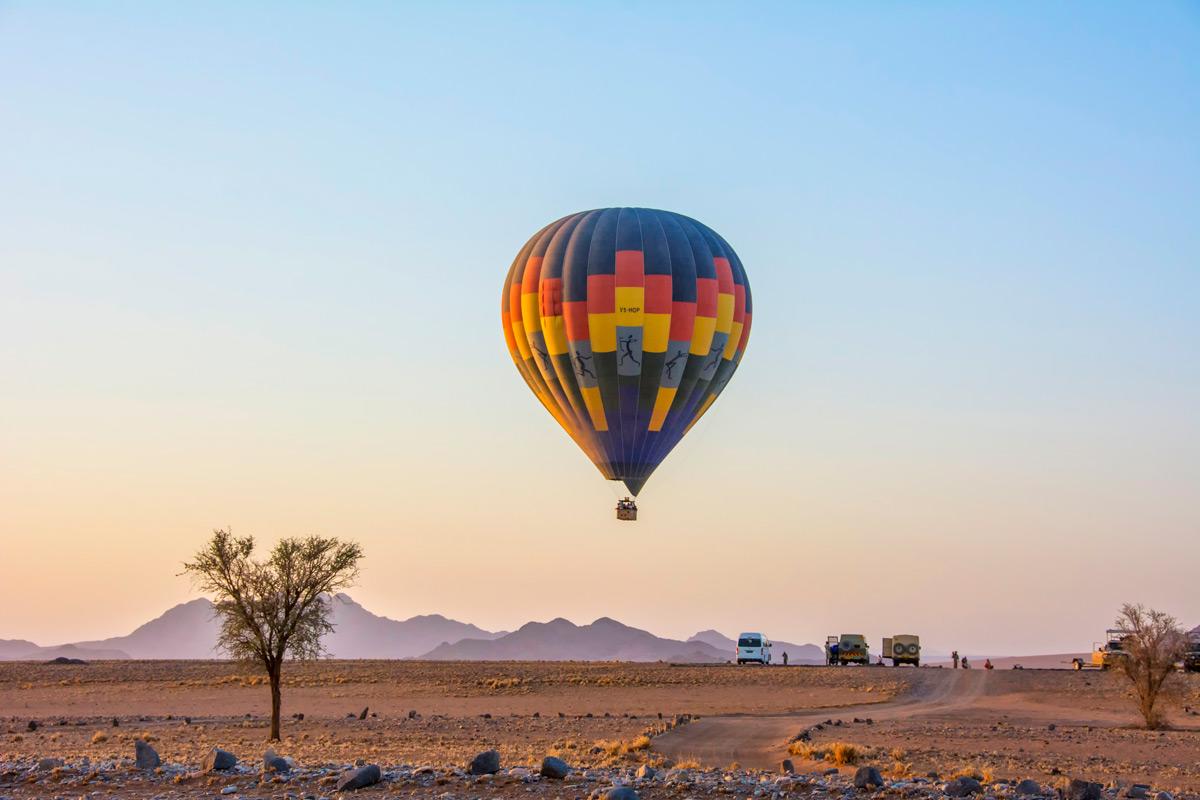 Early morning hot air balloon over Sossusvlei, Namibia © Dale G. Davis